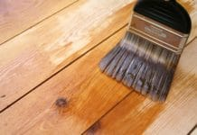 Лак для деревянных покрытий