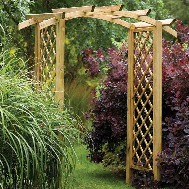 Садовая арка из дерева