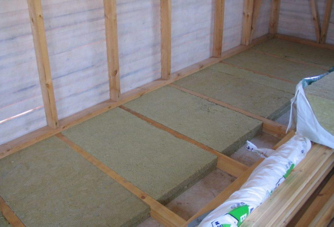 Гидроизоляция деревянного балкона - как сделать гидроизоляци.