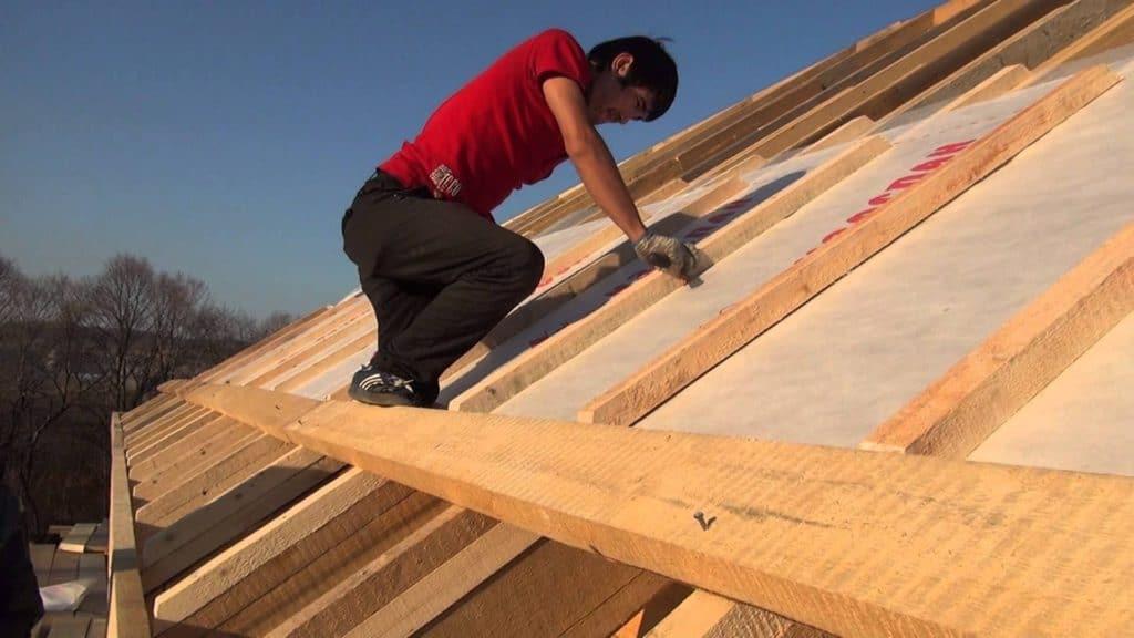 Монтаж деревянной обрешетки